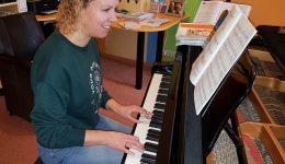 Rianne van Duinen pianoles klein